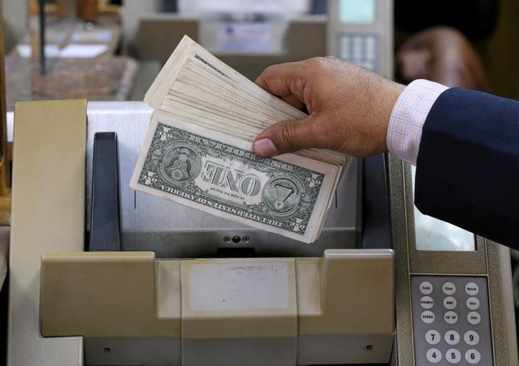 آخر هفته بد برای دلار
