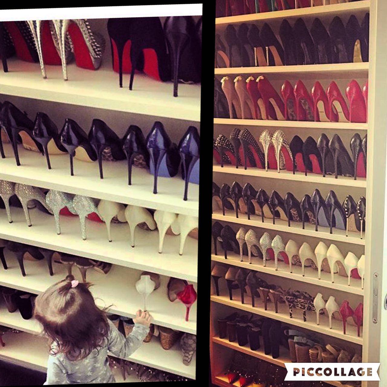 کمد کفش های پاشنه بلند همسر یک فوتبالیست ایرانی!
