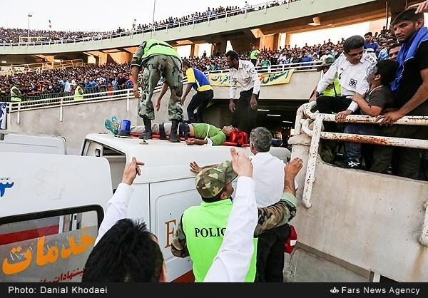حمله قلبی یک تماشگر بعد از قهرمانی استقلال خوزستان