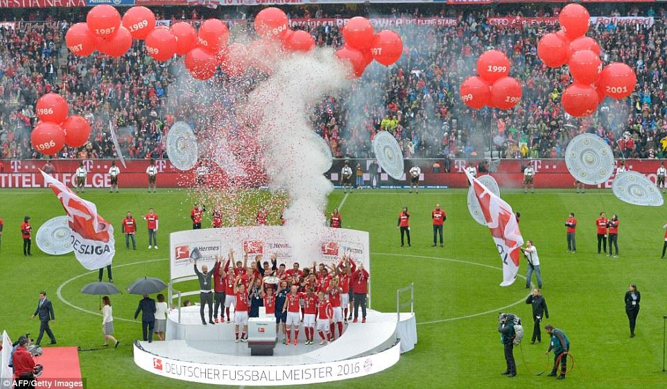 جشن قهرمانی بایرن مونیخ در بوندس لیگا