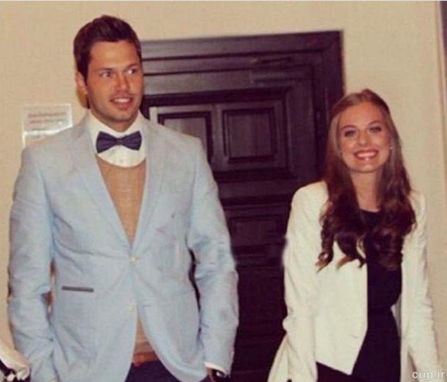 دروازهبان تیم ملی با یک دختر سوئیسی ازدواج کرد+عکس