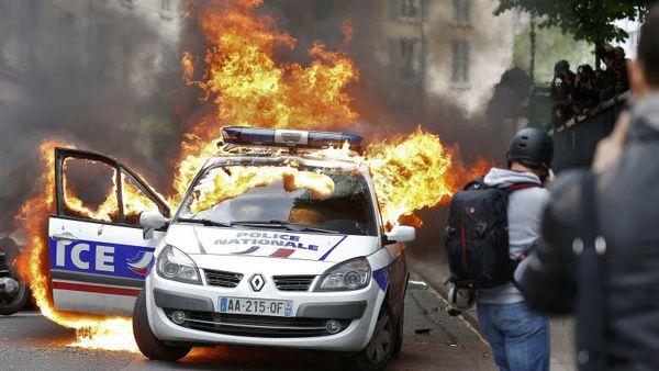 اعتراض به خشونتهای پلیس در فرانسه