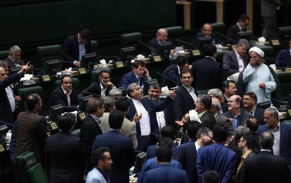 چه کسانی به امروز به لاریجانی رای ندادند؟