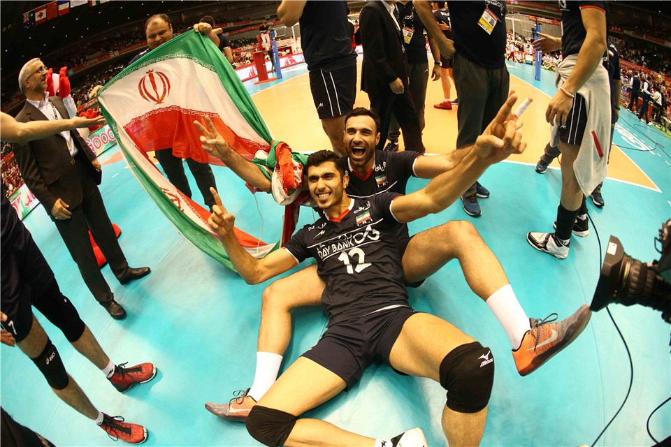 تصاویری از شادی صعود والیبال ایران به المپیک