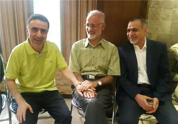 كدام روحاني حقوق 100 ميليوني دارد؟!/ ماجرای پیامکی علیه سیدحسن خمینی/ گاف جالب روزنامه سعودی!/ علت اصلی لغو کنسرت ها؟