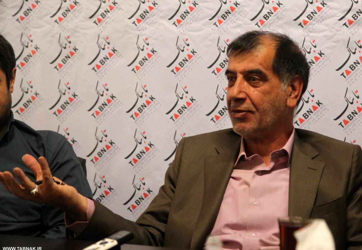 پایداریها راهی جز نرم شدن ندارند/ از احمدینژاد در انتخابات 96 حمایت نمیکنم
