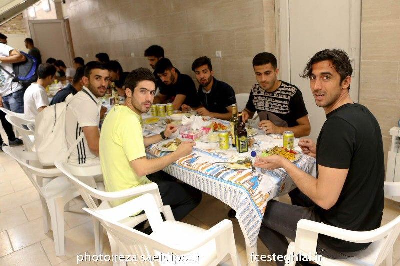 تصویری از ضیافت شام استقلالی ها