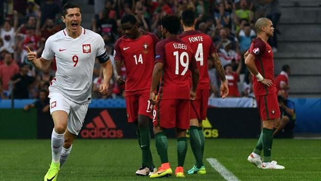 دقیقه 39 / پرتغال یک - لهستان یک/ گل زیبای همبازیان رونالدو به تلافی پنالتی سوخته روی کریس