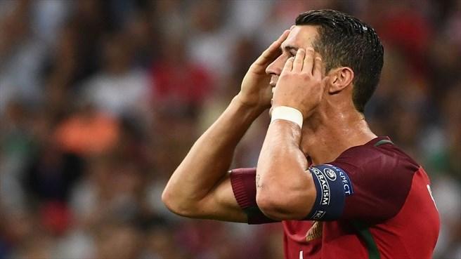 دقیقه 92 / پرتغال یک - لهستان یک/ رونالدو و تیمش پنج بازی بدون برد در 90دقیقه! + تصاویر