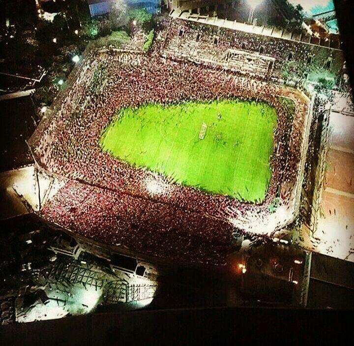 پرتماشاگرترین تمرین فوتبال جهان