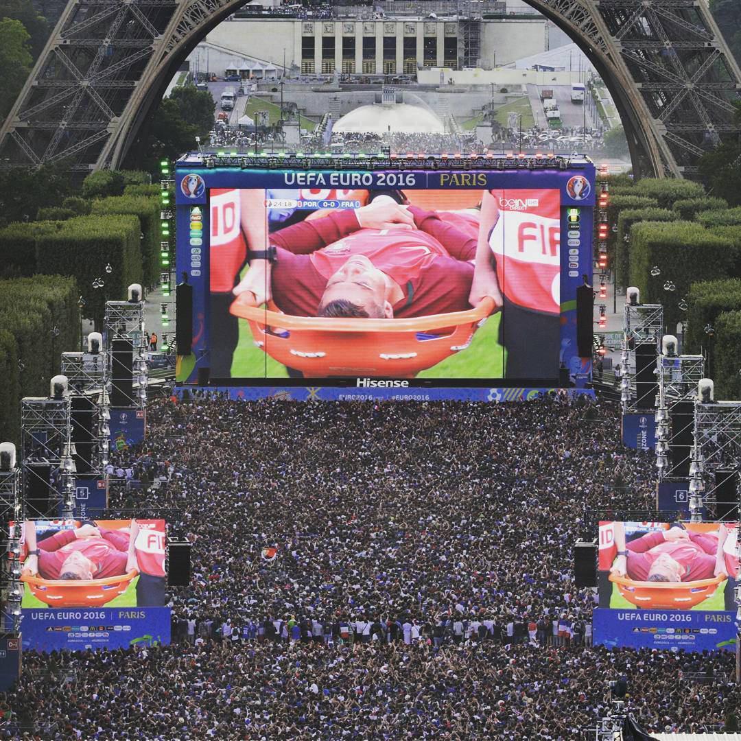 دقیقه 72 / فرانسه 0 - پرتغال 0 / مصدومیت زودهنگام و تعویض رونالدو، گل نزنی گریزمان! +تصاویر