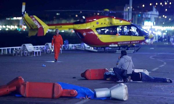 بیش از ۵۰ کشته در جریان حمله یک کامیون به مردم در فرانسه
