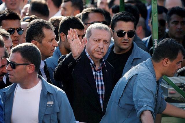 چرا جنگنده های کودتاگران هواپیمای اردوغان را ساقط نکردند؟