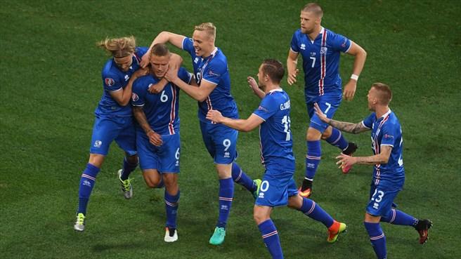 انگلیس یک - ایسلند 2 / شکست یک نیمه ای مدعی همیشه بازنده مقابل مردان یخی