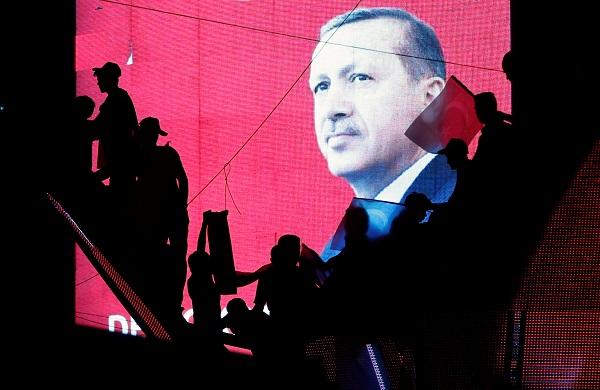 تغییر قانون اساسی، گام جدید اردوغان در ترکیه/ ادامه بحران گروگانگیری در ارمنستان