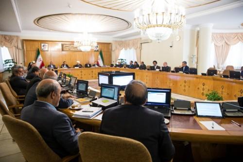 تأیید ۶۷ مصوبه دولت/مغایرت یک مصوبه هیأت وزیران با قانون