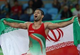 ویدیوهایی از توهین به کرامت انسانی ایرانیها در کشورها و سفارتخانههای خارجی / ویدیوهایی از بهت بنا پس از شکستهای مکرر و تک مدال فرنگی ایران