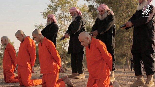 رونمایی داعش از جلادان ریش سفید