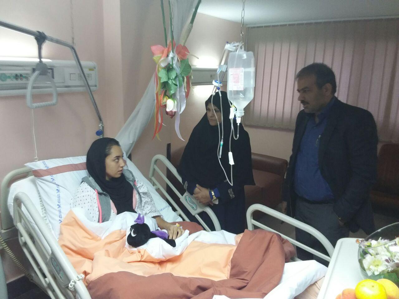 عکس جالب کیمیا علیزاده در بیمارستان