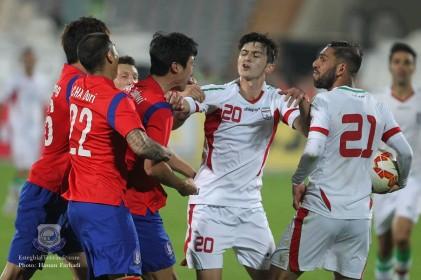 درگیری و زدوخورد شدید بازیکنان ایران و کره جنوبی