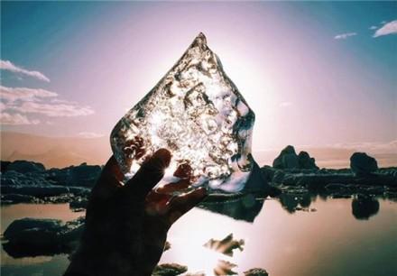 تصاویر خیره کننده از طبیعت یخی ایسلند