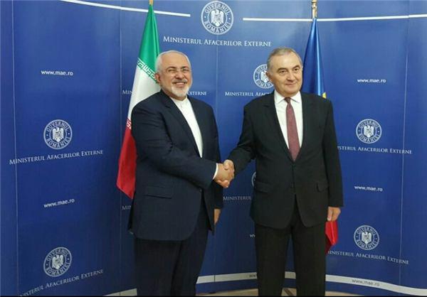 اولین واکنش ظریف به انتخاب ترامپ/ تبریک اوباما، کلینتون و پوتین/ فرانسه: باید مسائل مهم ایران و را با روشن کنیم