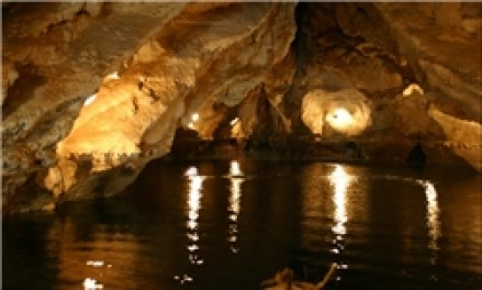 غار شگفتانگیز میلیسانی در یونان