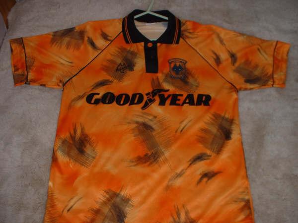 زشتترین پیراهنهای تاریخ فوتبال