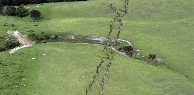 زلزله در نیوزیلند زمین را دو نیم کرد