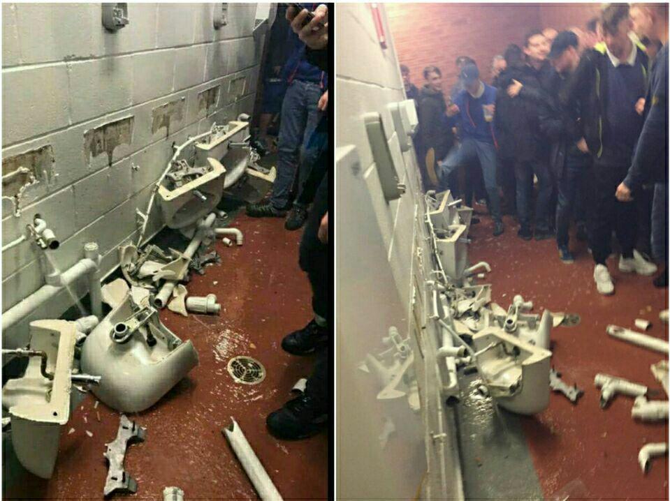 حمله هواداران خشمگینسیتی به توالتهای اولترافورد!