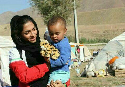کار زیبای دختر دونده ایران برای مستمندان+عکس