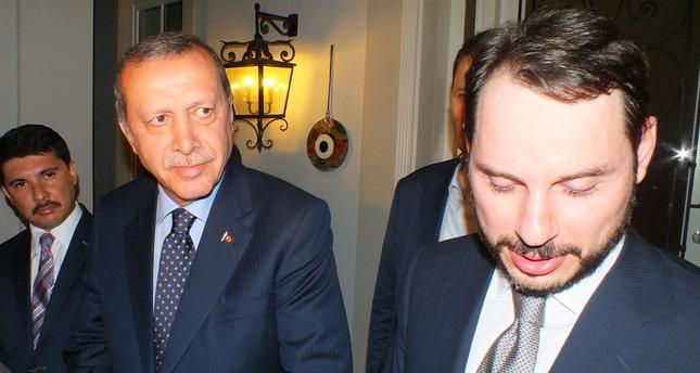 ویکی لیکس پته داماد اردوغان را به روی آب ریخت! / اردوغان نفت داعش را 25 تا 45 دلار خریداری کرده