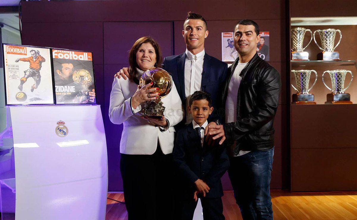 عکس رونالدو خانوادگی