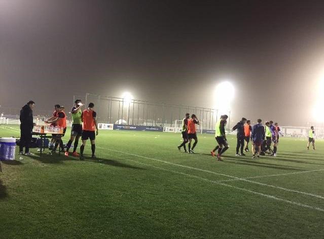 اولین تمرین تیم ملی در قطر و حمایت هواداران+عکس