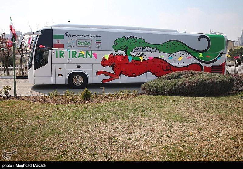 تیم ملی بانوان با اتوبوس تیم کی روش به فرودگاه رفت