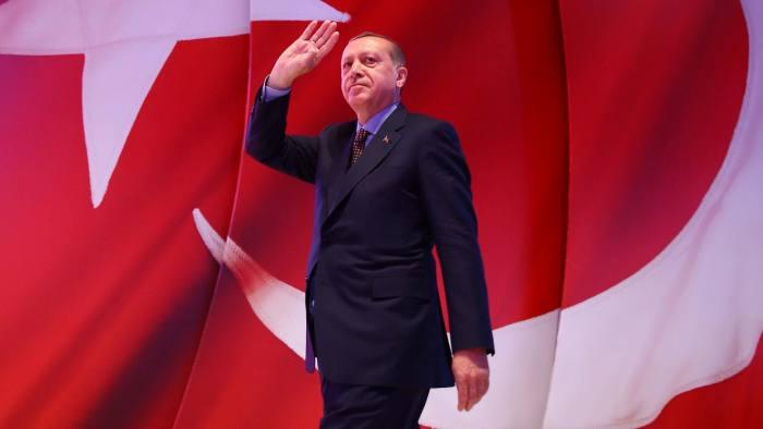 واکنش اروپا به نتیجه رفراندوم روز گذشته ترکیه / «سلطان» و خداحافظی با اتحادیه