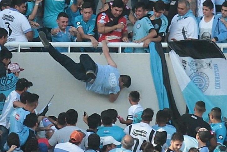 مرگ هوادار فوتبال در آرژانتین
