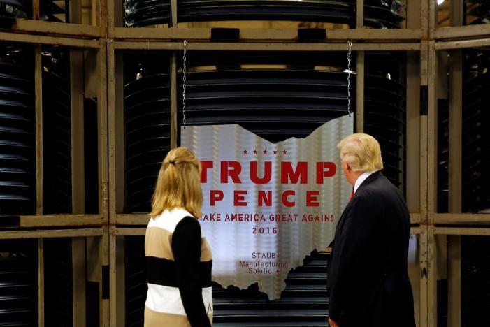 نگرانی آمریکایی ها از نحوه اجرای فرمان حمایتی ترامپ برای کالاهای ساخت آمریکا