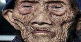 راز طول عمر بالا از زبان پیرمرد ۲۵۶ ساله چینی!/ خبری محرمانه از اردوگاه انتخاباتی احمدی نژاد/ اعتراف معاون گردشگری به گرانی سفر/ علت پیروزی ترامپ از زبان خودش/ ۶ وزیر روحانی ثروتی از ۳۰۰ تا هزار میلیارد دارند!