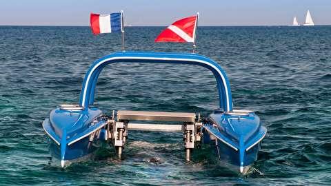 قایق زیر آبی چگونه کار میکند؟