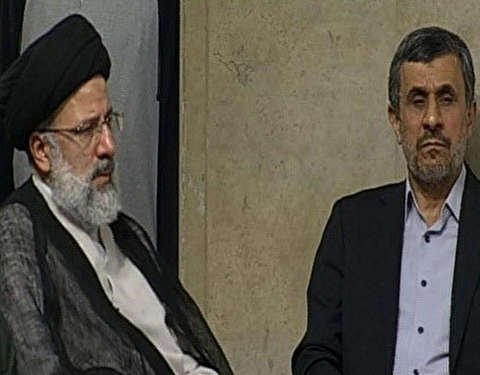 چگونه احمدی نژاد شکاف را ایجاد کرد؟