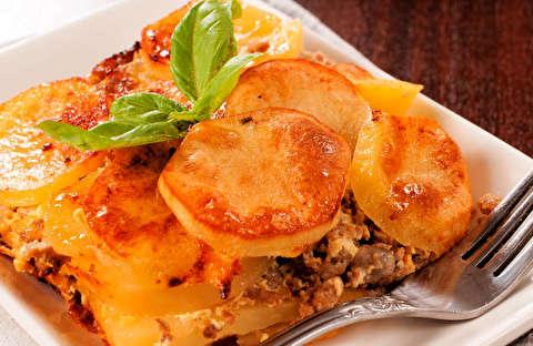 دستور پخت کسرول سیب زمینی و همبرگر