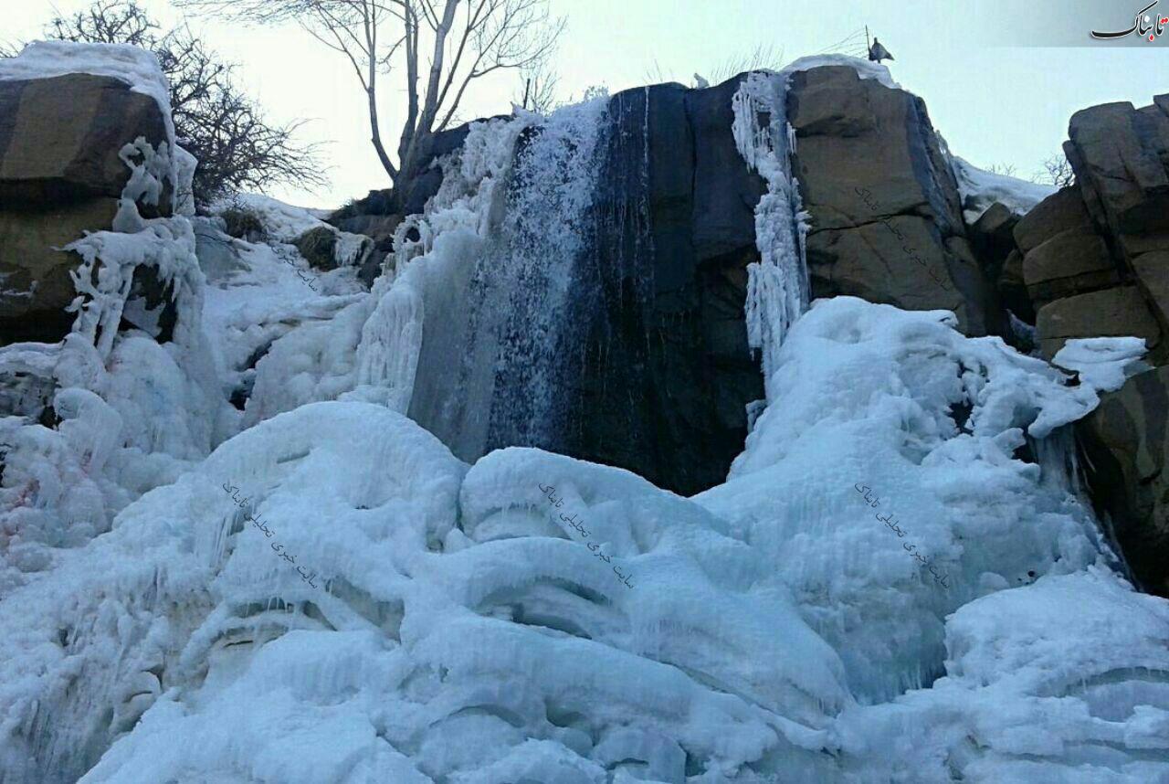 آبشار یخ زده گنج نامه/همدان