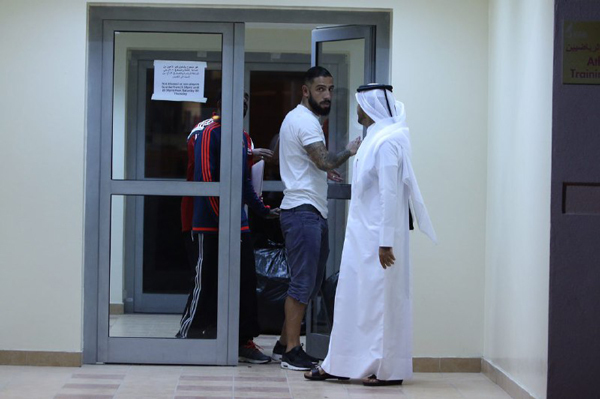 کاپیتان بدون تیم ایران، در قطر پرسه می زند!