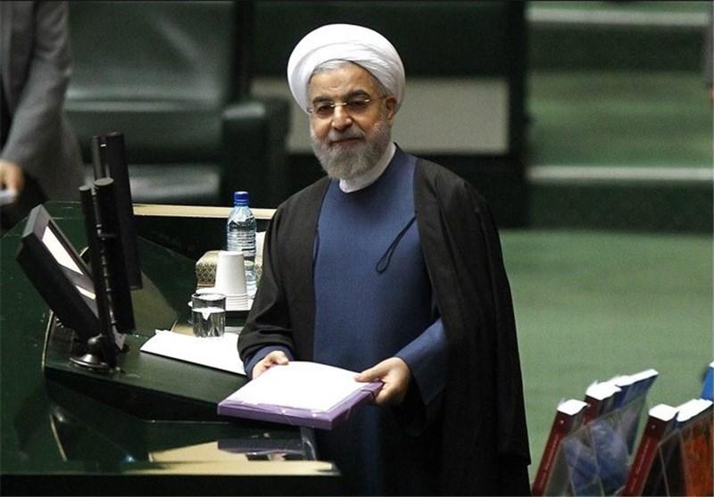 روحانی در راه احمدینژاد؛ چرا برخی مانع سئوال از رئیسجمهور میشوند؟!