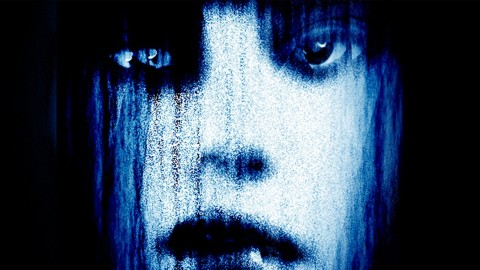 طراحی پوستری فیلم ترسناک
