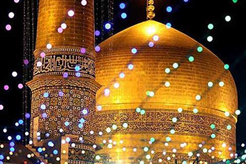 زائران نجف حین ورود به صحن امام رضا