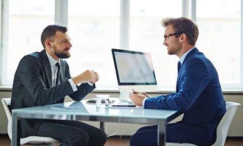 پنج نکته برقرار کردن ارتباط چشمی بهتر