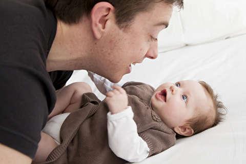 آموزش زبان نوزاد و راه رفع نیاز کودکان