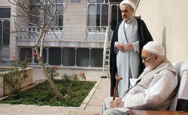 پدرم در مرجعیت امام خمینی(ره) نقش مهمی داشت/ مهمترین اشکال مملکت،حاکم نبودن قانون است/ امیدوار به انجام اصلاحات هستم